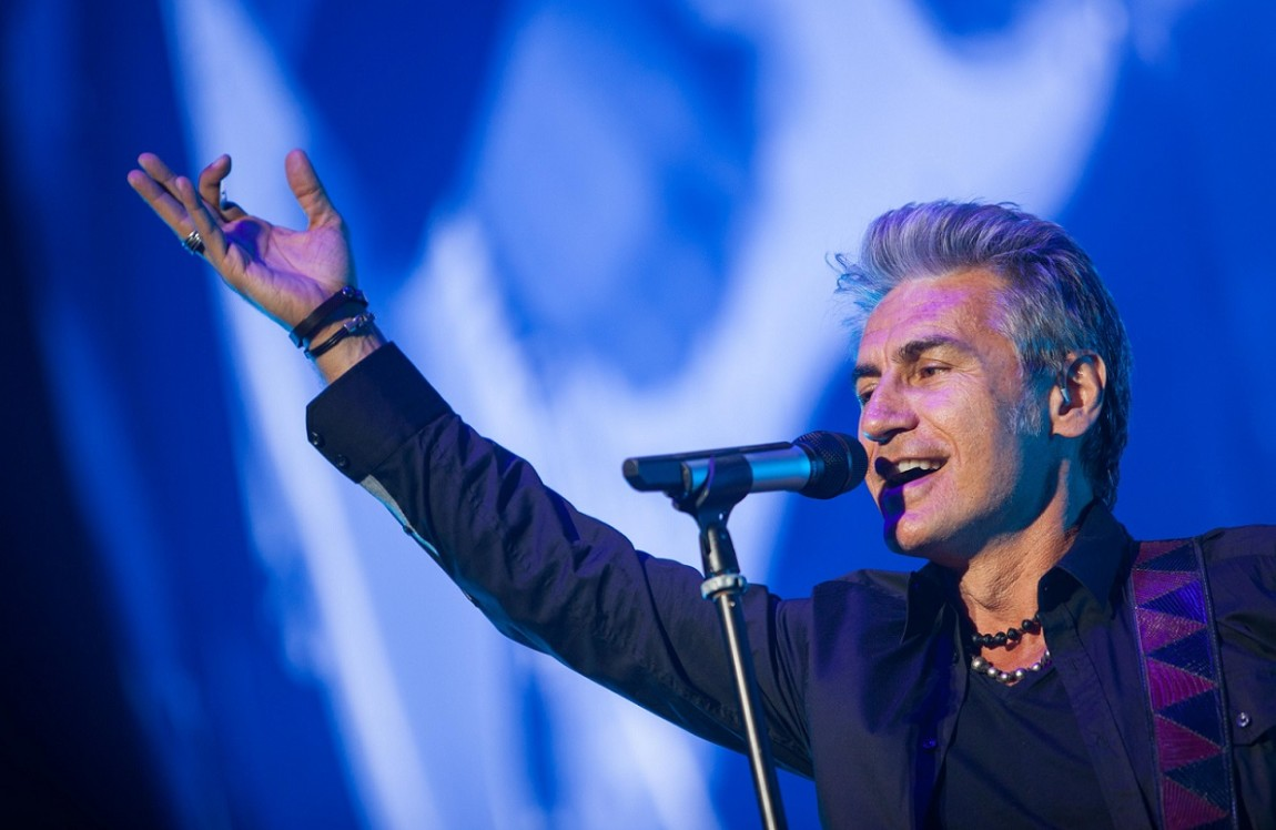 The Italian singer Luciano Ligabue performs live on stage at Palalottomatica in Rome on April 15, 2015.  Pictured: Luciano Ligabue Ref: SPL1000952  160415   Picture by: Stefano Costantino  Splash News and Pictures Los Angeles:	310-821-2666 New York:	212-619-2666 London:	870-934-2666 photodesk@splashnews.com